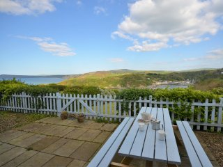 50128 Cottage in Fishguard