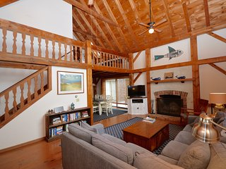 350 Yards to Nauset Beach (Sleeps 8)