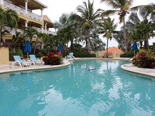 Beautiful ocean view 1 bedroom condominium for short/long term rent available!