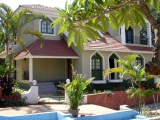 Pretty 2-bedroom villa 600 m from the beach