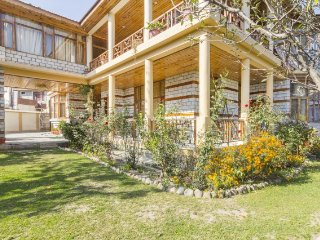 Peaceful 6-BR cottage, 650 m from Van Vihar
