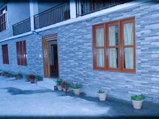 3 BHK cosy cottage ideal for a group of friends