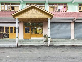 Riverside abode for 3, 200 m from Chail Trail