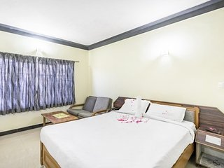 Well-appointed stay for three, 1.9 km from Ooty Lake