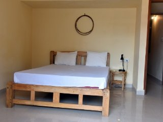 Well-furnished 2-bedroom apartment, 2 km from Benaulim beach