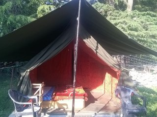 Adventurous stay in tent, ideal for small groups
