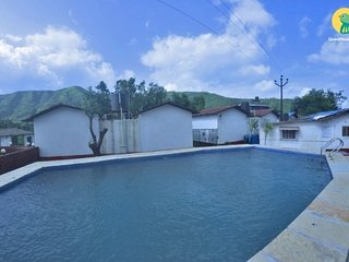 Peaceful 3-BR bungalow with a swimming pool