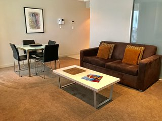 1 BR Apartment - North Tce, Adelaide City - 1