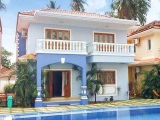 Modern 3-bedroom villa with a pool, near Club Cubana, Arpora