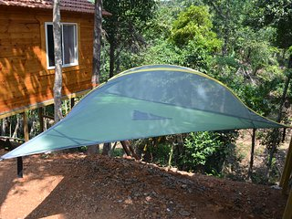 Hammock Tents, Floor Tents and Sky Tents at Aclat Meadows