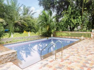 Blissful homestay with pool for a romantic retreat