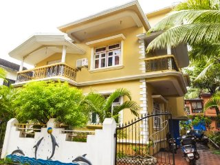 Well-furnished homestay for 2, 1 km from Candolim beach