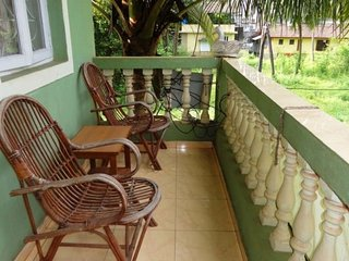 Well-appointed room for three, 1.7 km from Baga beach