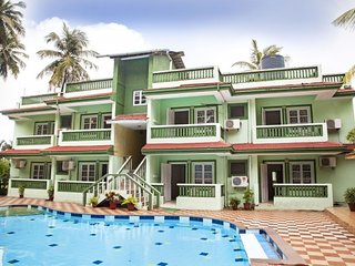 3-bedroom spacious villa with a pool, 1.4 km from Candolim beach