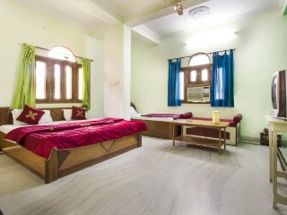Centrally located room for backpackers