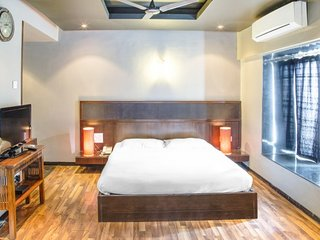 Elegant stay with a pool, 1.8 km from Baga Beach