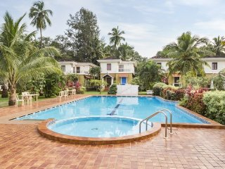 Rejuvenating 3-BR stay with a pool and a gym