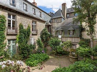 AMBRE, grand studio de charme centre historique