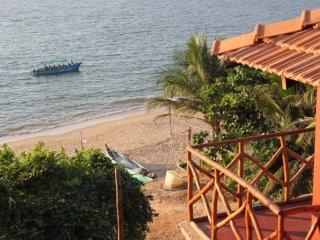 Modern beachfront cottage at South Anjuna beach