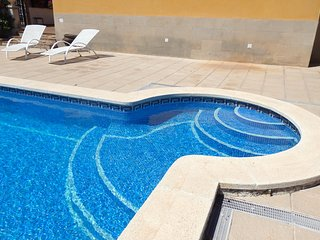 VILLA MARGARITAS con piscina privada