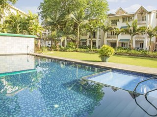 Well-appointed 2BR apartment with a pool, 1.5 km from Benaulim beach