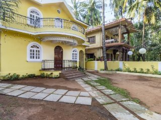 Homely 4-BHK stay, 1 km from Calangute beach