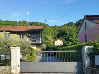 CASA LILIA - Ampio spazio verde privato ed Intimita