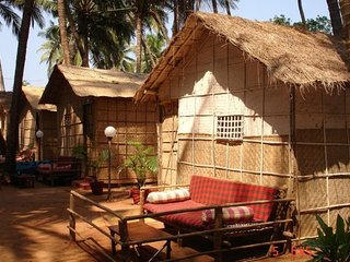 Bamboo hut for backpackers, on the serene Mandrem beach