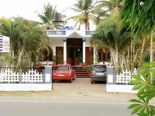 2-BR homestay for friends
