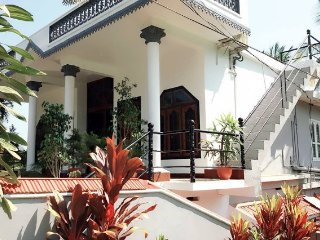 Pleasant 8-BR homestay, ideal for group vacations