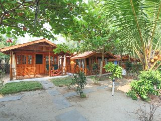 Deluxe cottage overlooking the Agonda beach