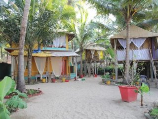 Sea-facing cottage for a restful stay, on Agonda Beach