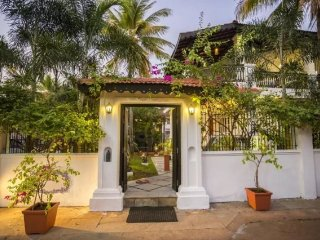 Dainty 4 bedroom villa 300m from Candolim beach