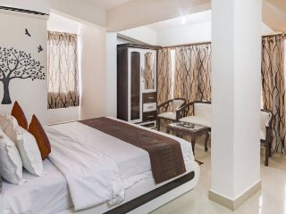 Lavish 1 BHK for three, 2.8 km from Bogmalo Beach