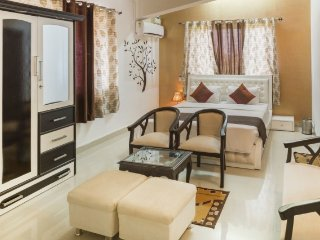 Plush two bedroom apartment, 1.3 km from Goa airport