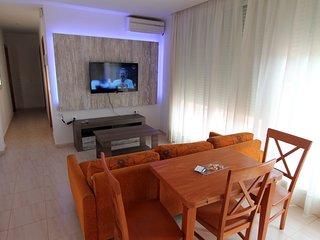 Duplex planta baja a 100 m de la playa de los Caños 3 dormitorios (DPLX1_3D)