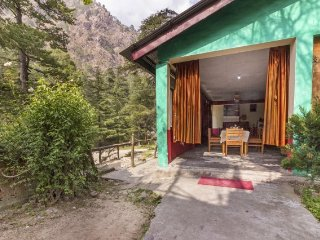 1-BR for three near Kasol Camps