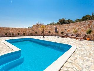 Sea view villa with pool, Murter