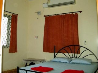 Budget-friendly stay for 3, near Calangute Beach