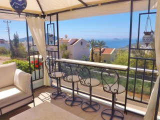 4 Bed, 4 Bathroom stunning villa, with Amazing views