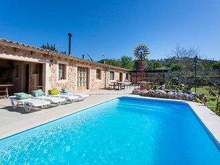 Charming Finca with pool near Santa Maria del Cami