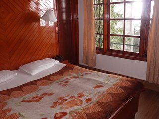 Homely stay for three, 700 m from Christ Church
