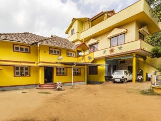 Vibrant homestay for 8, 1.9 km from Raja's Tomb