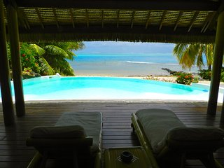 Pool & Beach Villa Bliss 1 > Tahiti VIllas