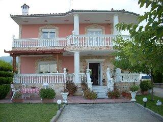 Villa Andromahi