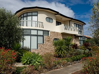 VILLA de MARSEILLES - MELBOURNE 6 Bdrms, Wifi, 25 min to City Centre