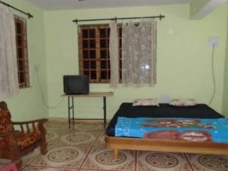 A well-furnished 3-BR stay, 1 km from Colva Beach