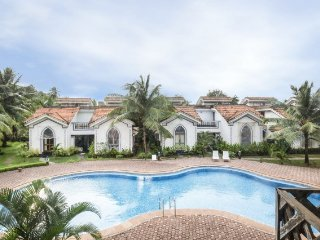 Well-appointed 1 BHK apartment with swimming pool