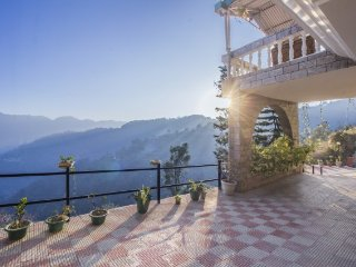 Homestay with a picturesque view