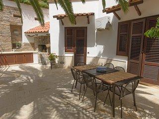 Villa 'Al Colle dei Principi' - Guttuso House